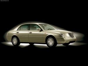 Lancia-Thesis_Promenade_2003_1024x768_wallpaper_01
