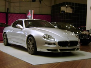 1280px-Maserati_Gransport_Coupe_-_gray